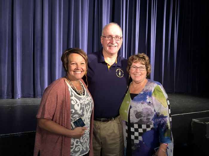 Mr. Wahr, CSD Board President, congratulated Mrs. Liebau and Mrs. Guernsey for receiving the You Make A Difference Award!