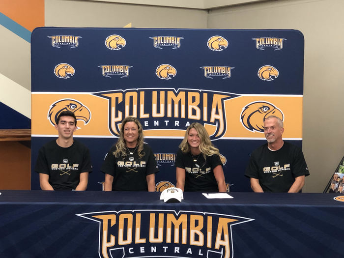 CCHS Golf Team Member Signs with Western Michigan