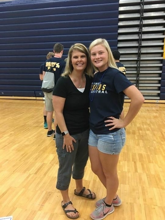 Tara with her mom, CUES counselor Mrs. Schatzle